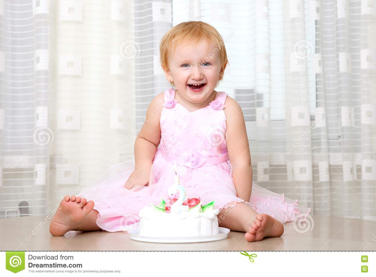 Baby Eating Cake Royalty Free Stock Photo - Image: 19219395