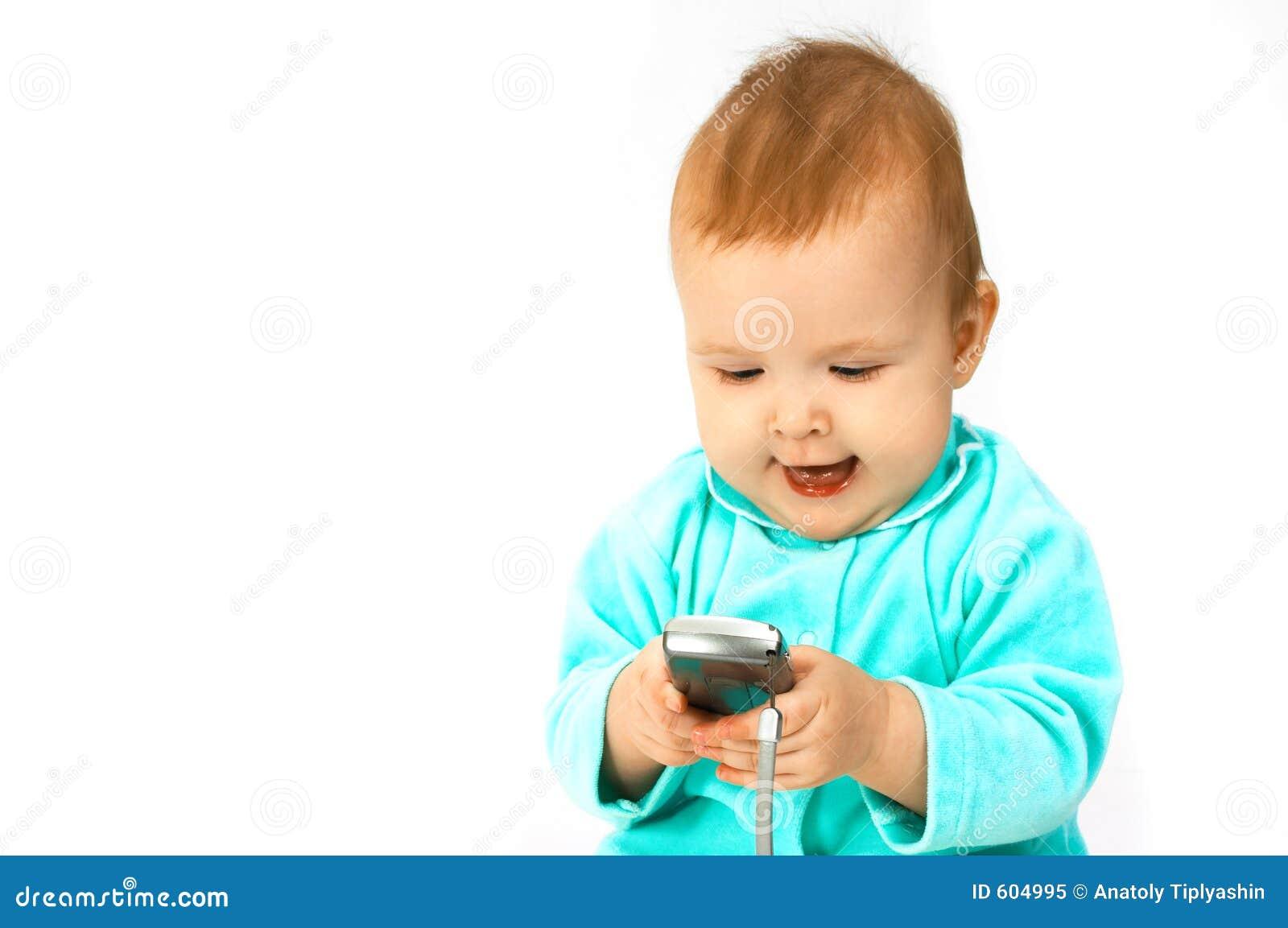 Baby en telefoon