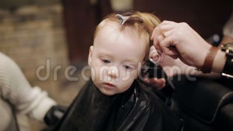 Baby First Hair Cut Time In A Hairdressing Salon Stock Video Video