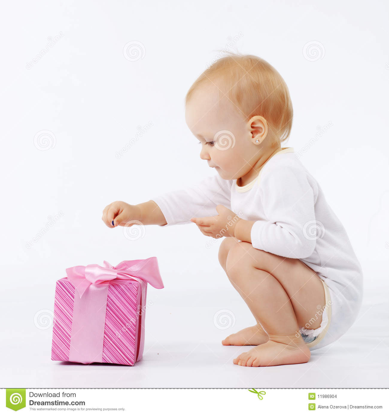 Baby Gift Pic : Baby with gift box stock images image