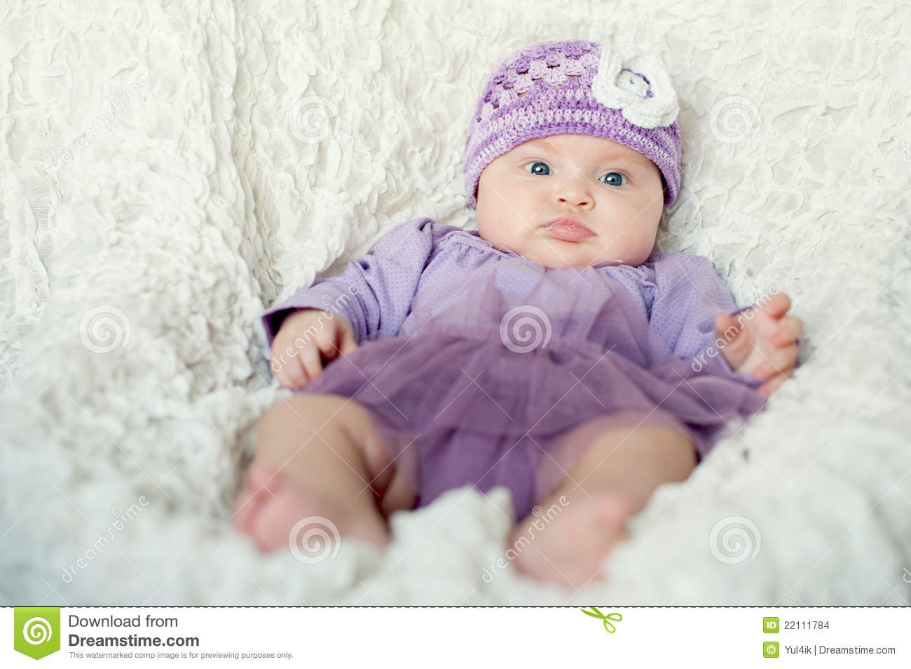 Baby Girl With Knitted Hat With Flower Stock Photo - Image of girl ... 217c90b1d