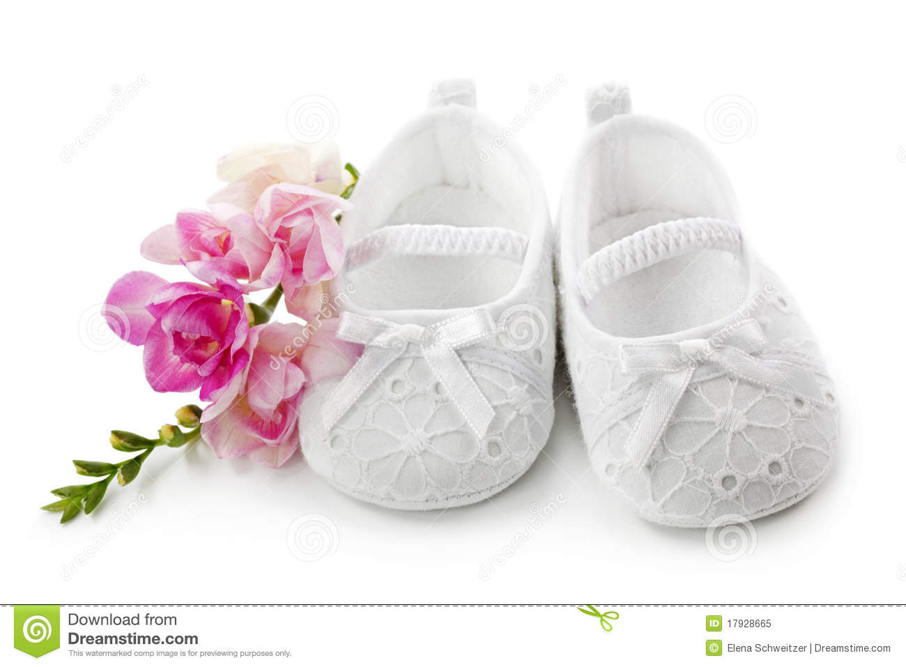 Baby Girl Shoes With Pink Flowers Royalty Free Stock
