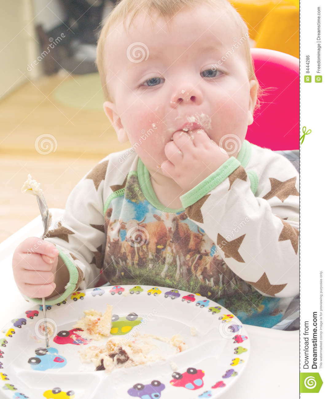 Images Baby Eating Birthday Cake : Baby On His First Birthday Eating Cake Royalty Free Stock ...