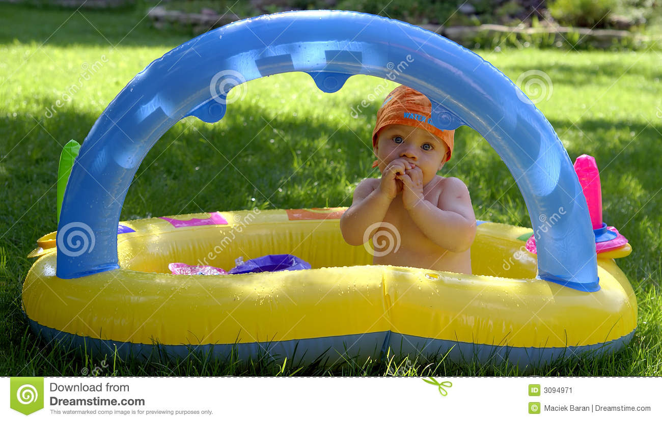 Baby infant in pool stock image image 3094971 3 month old baby swimming pool