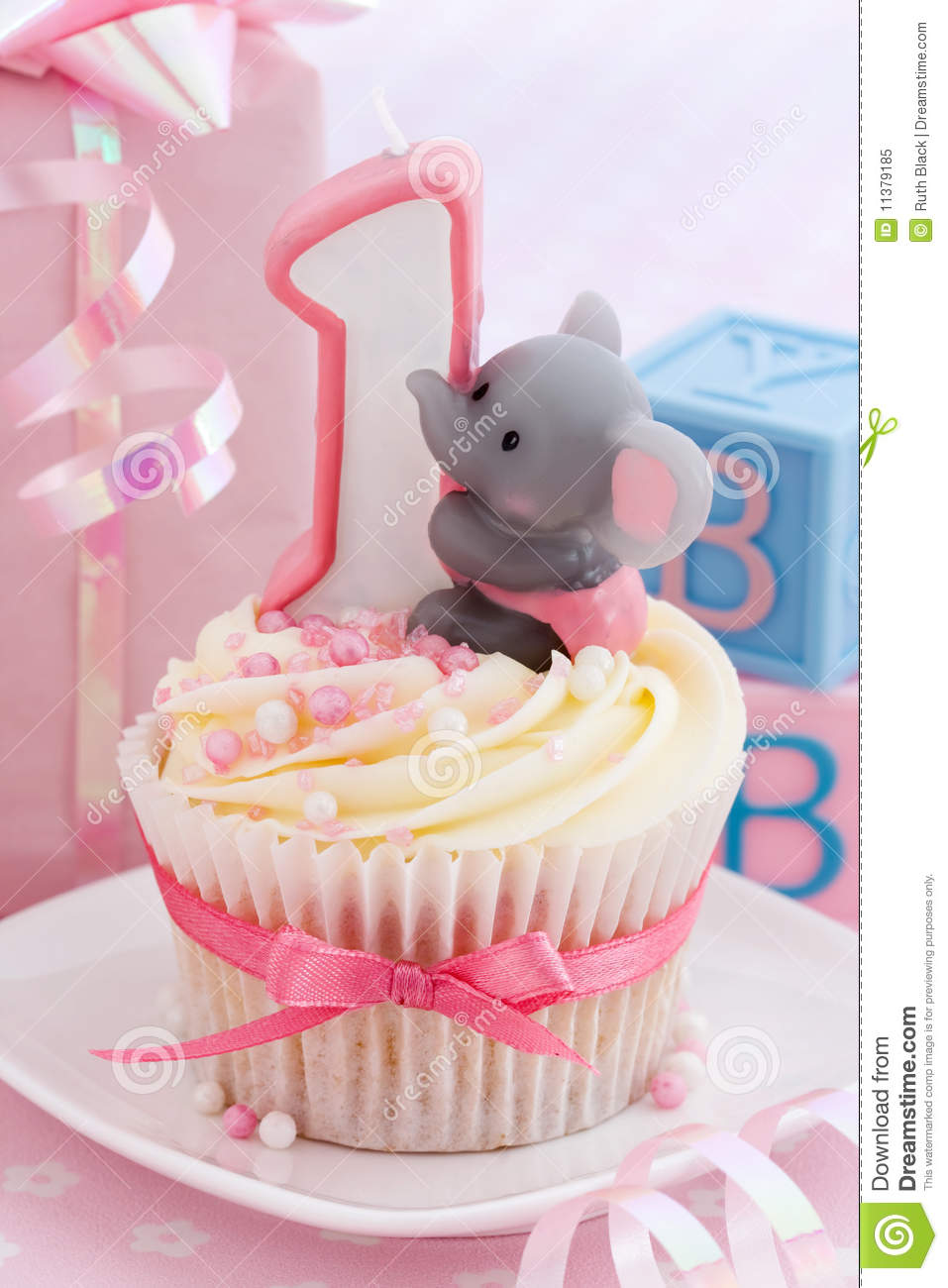 Babys First Birthday Stock Image Image Of Frosting 11379185