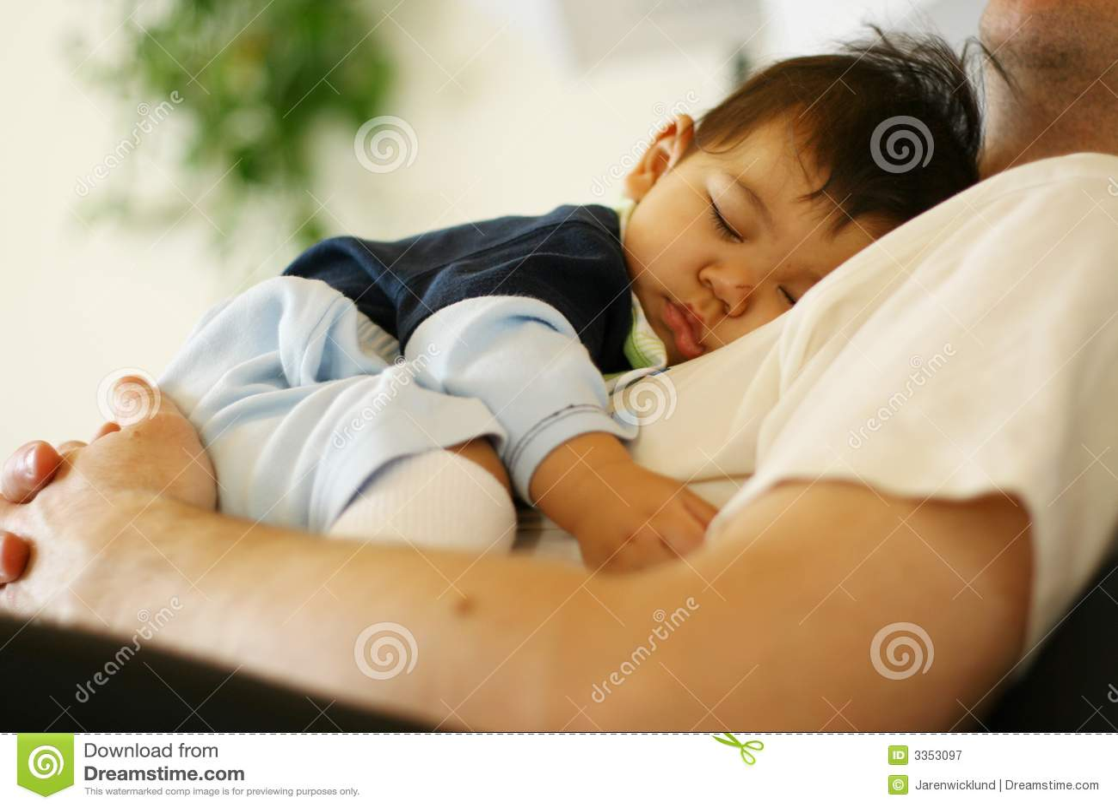 Royalty-Free Stock Photo. Download Baby Sleeping ...  sc 1 st  Dreamstime.com & Baby Sleeping On Dadu0027s Chest Royalty Free Stock Photography ... islam-shia.org