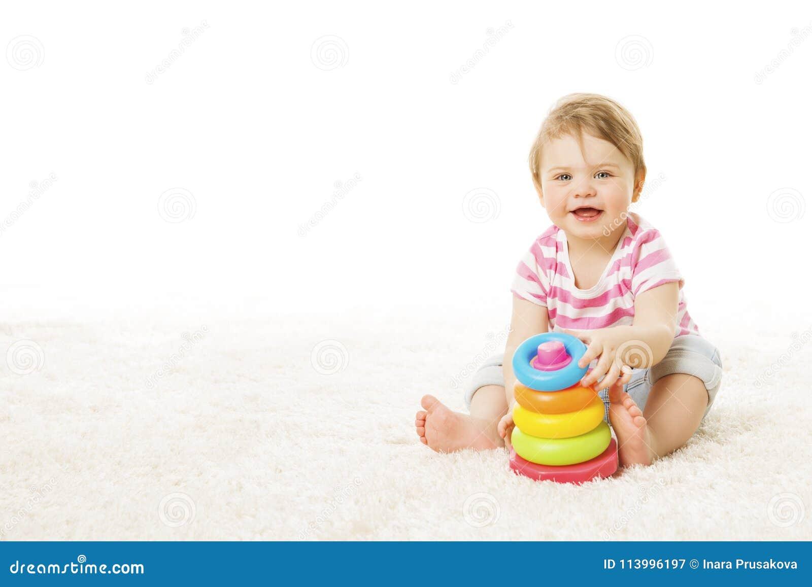 Baby-Spiel Toy Rings Pyramid, Säuglingskind, das Bausteine spielt