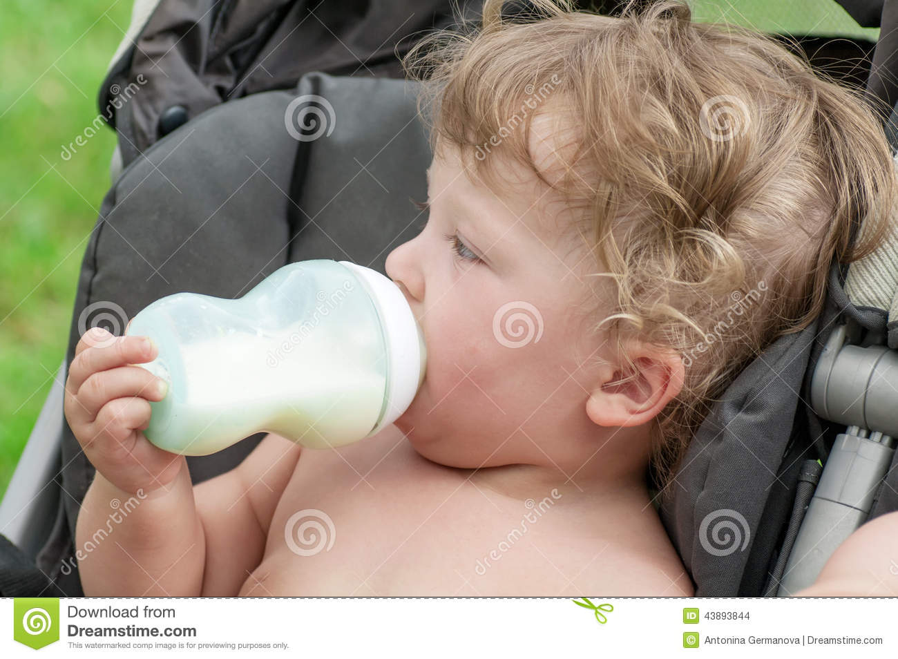 Baby wont suck bottle