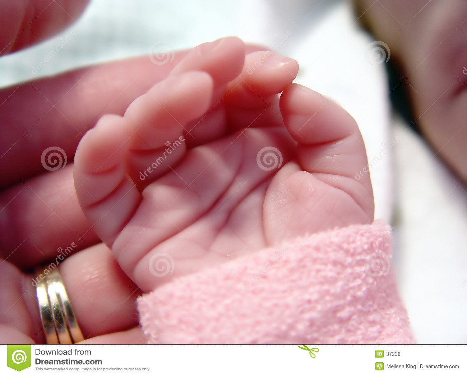 Babys Weinig Hand