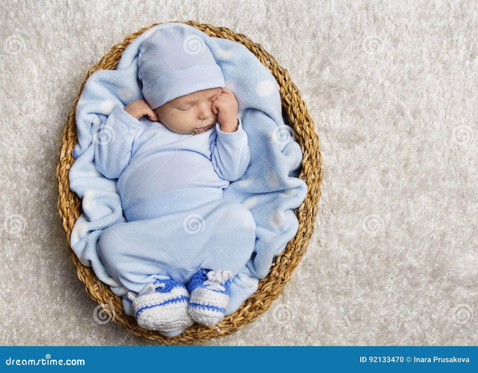 Babyslaap, de Pasgeboren Nieuwe Mand van de Jong geitjeslaap, - geboren In slaap Kind