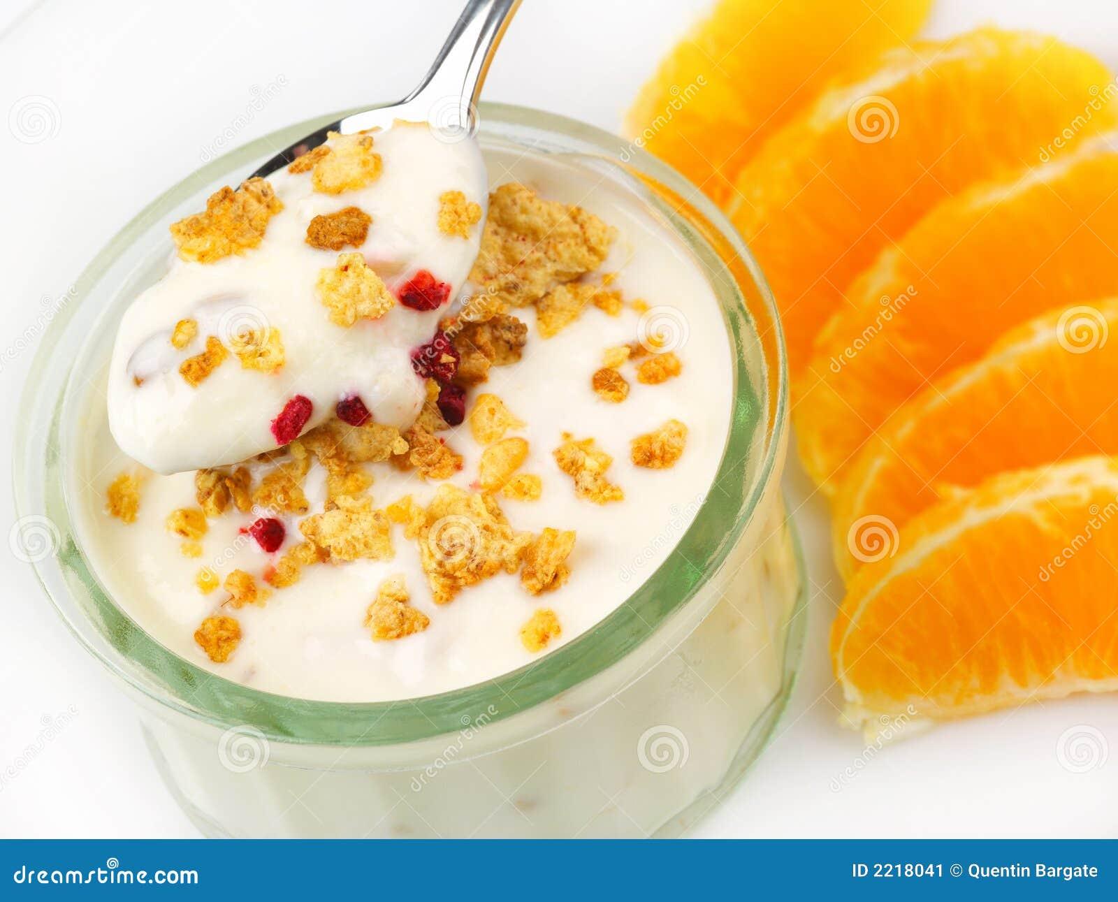 Bac de yaourt avec l orange