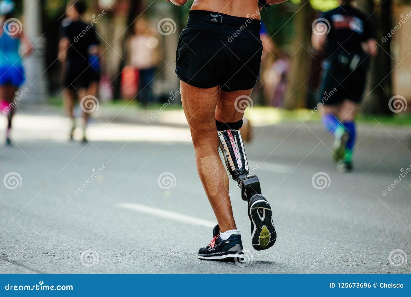 Back female runner disability