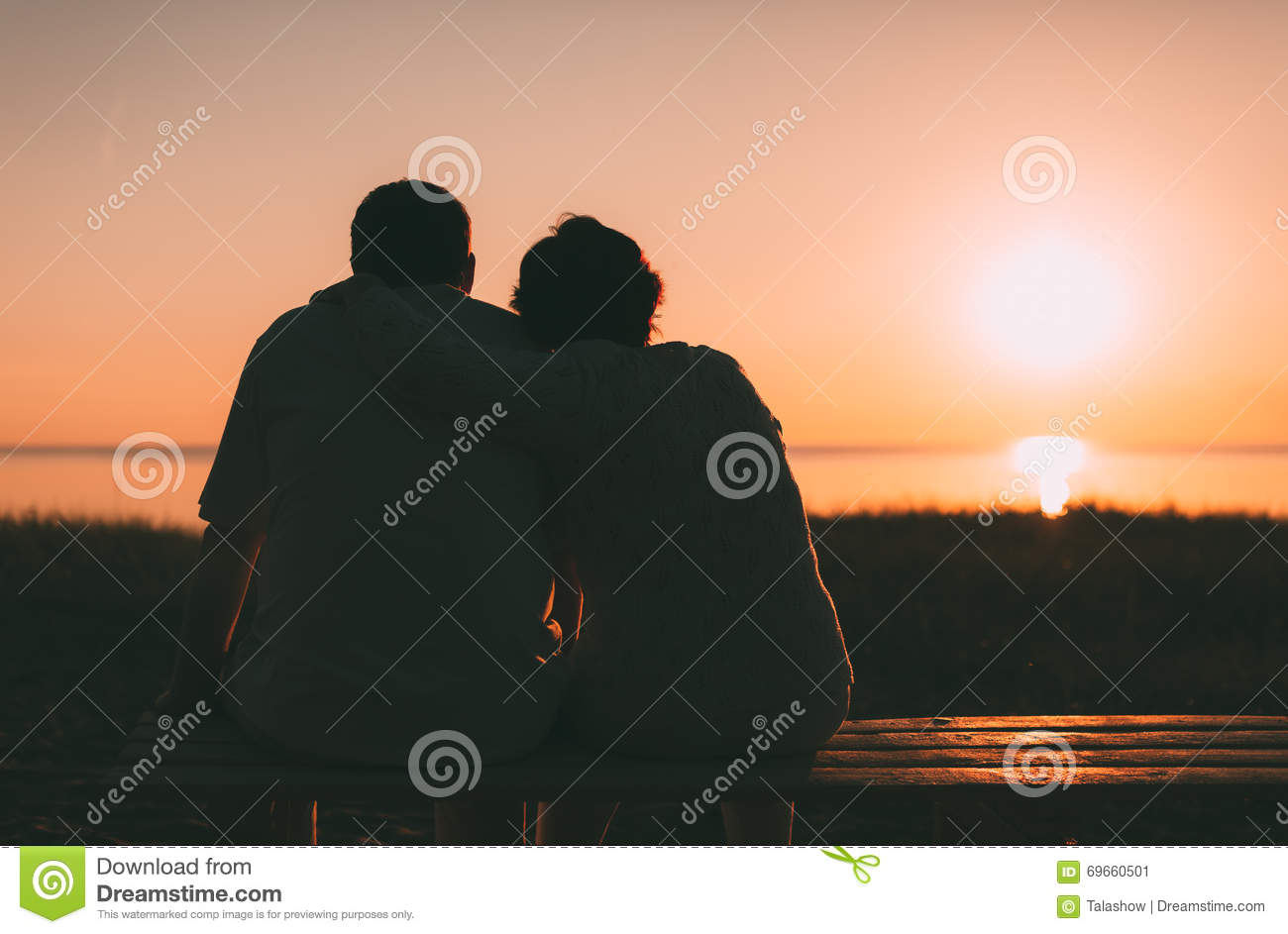 Back View A Married Couple A Silhouette Sitting On A Bench. Stock ... for bench silhouette back  143gtk
