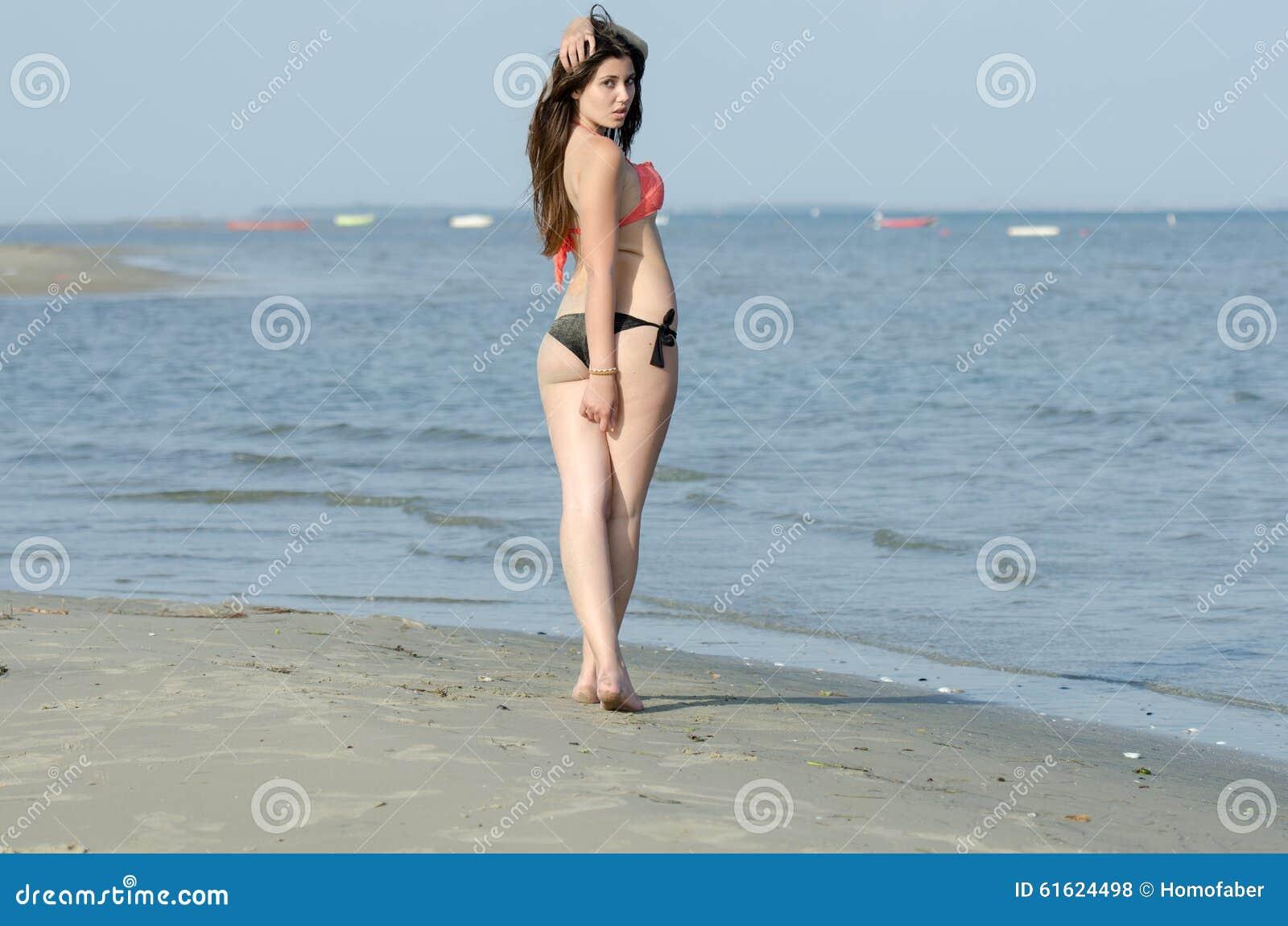 camera bikini