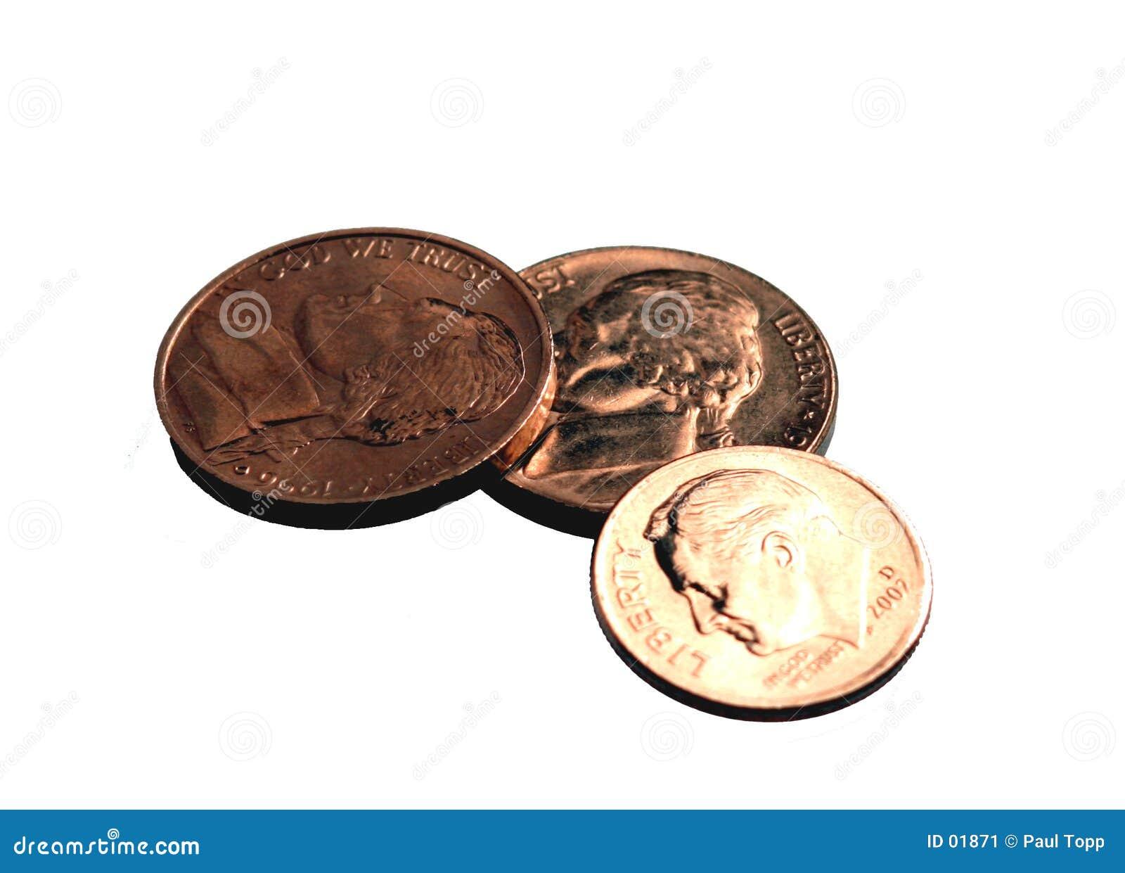 Backgroun η δεκάρα νομισμάτων που απομονώνεται το λευκό επινικελώνει