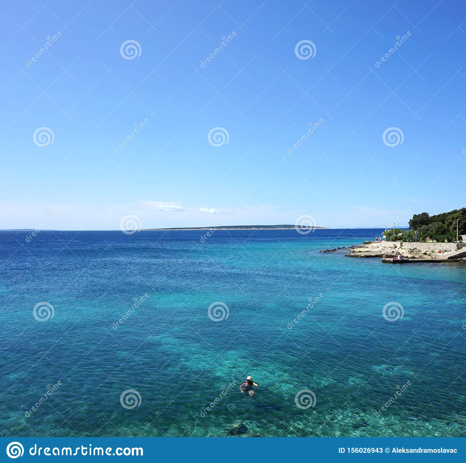 Background with beautiful seascape and horizon line on summertime
