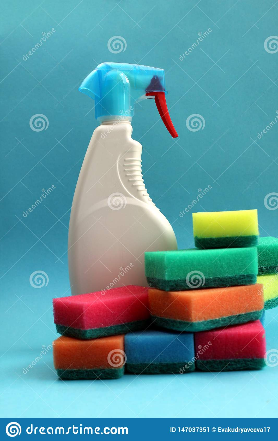 There is a tool for washing windows with lots of colorful sponges