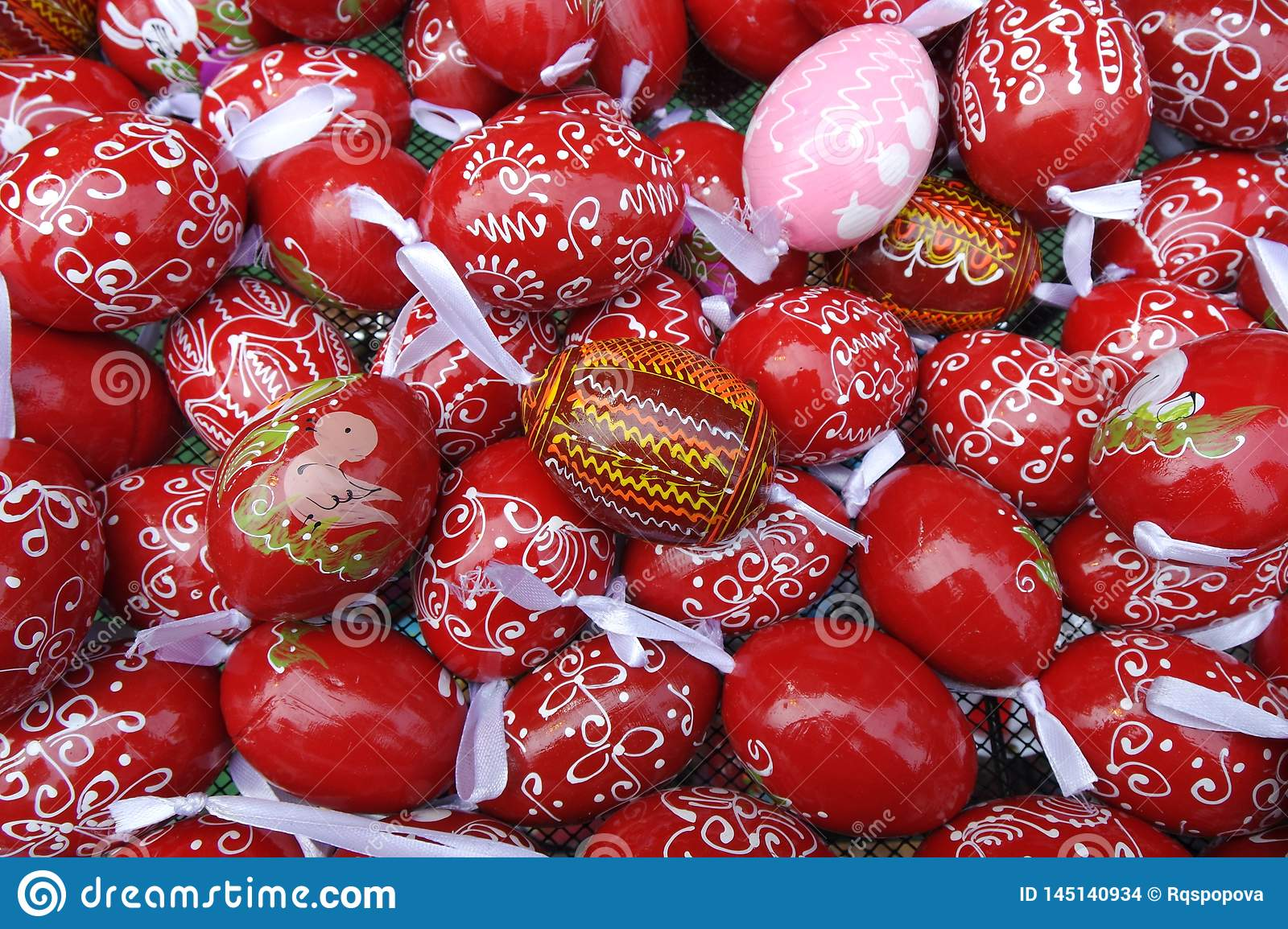 Red and Pink Pattern Easter Eggs Background