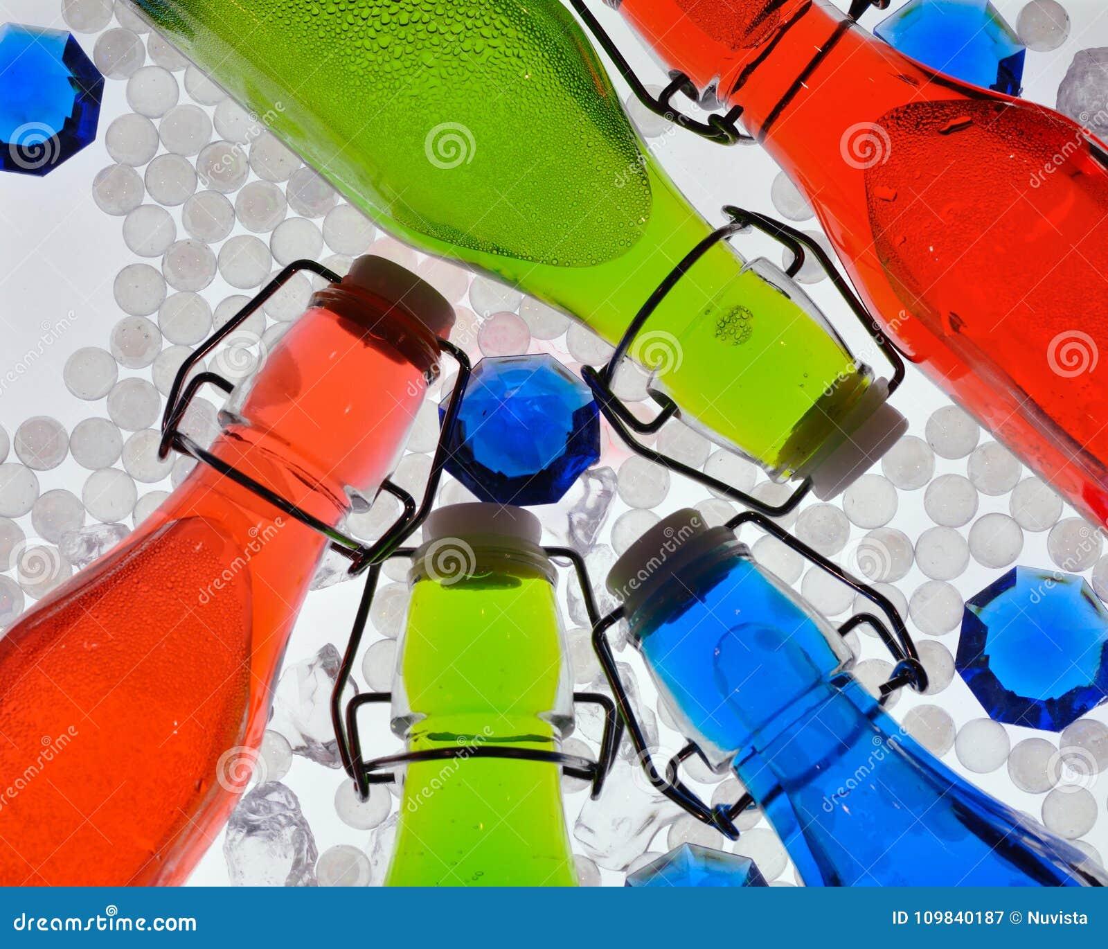 Backlighted kleurrijke flessen