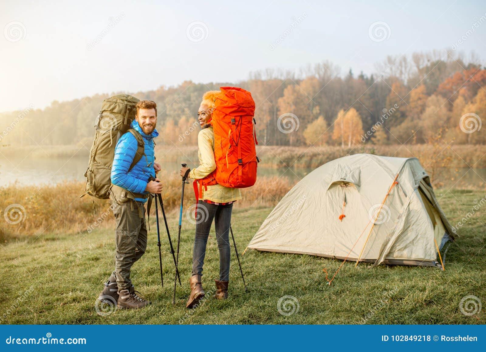 Backpacks соединяют hiking
