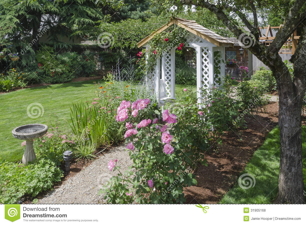 Backyard rose garden - Backyard Rose Garden Path