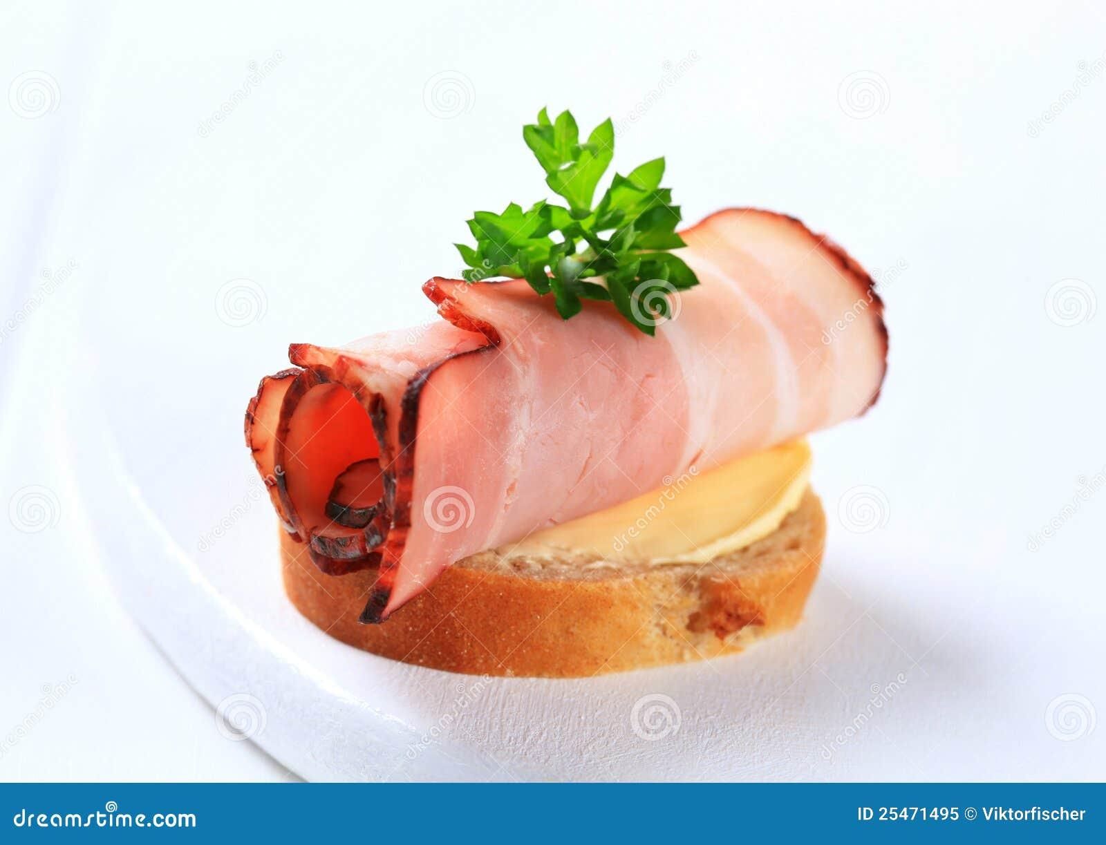 Bacon canape
