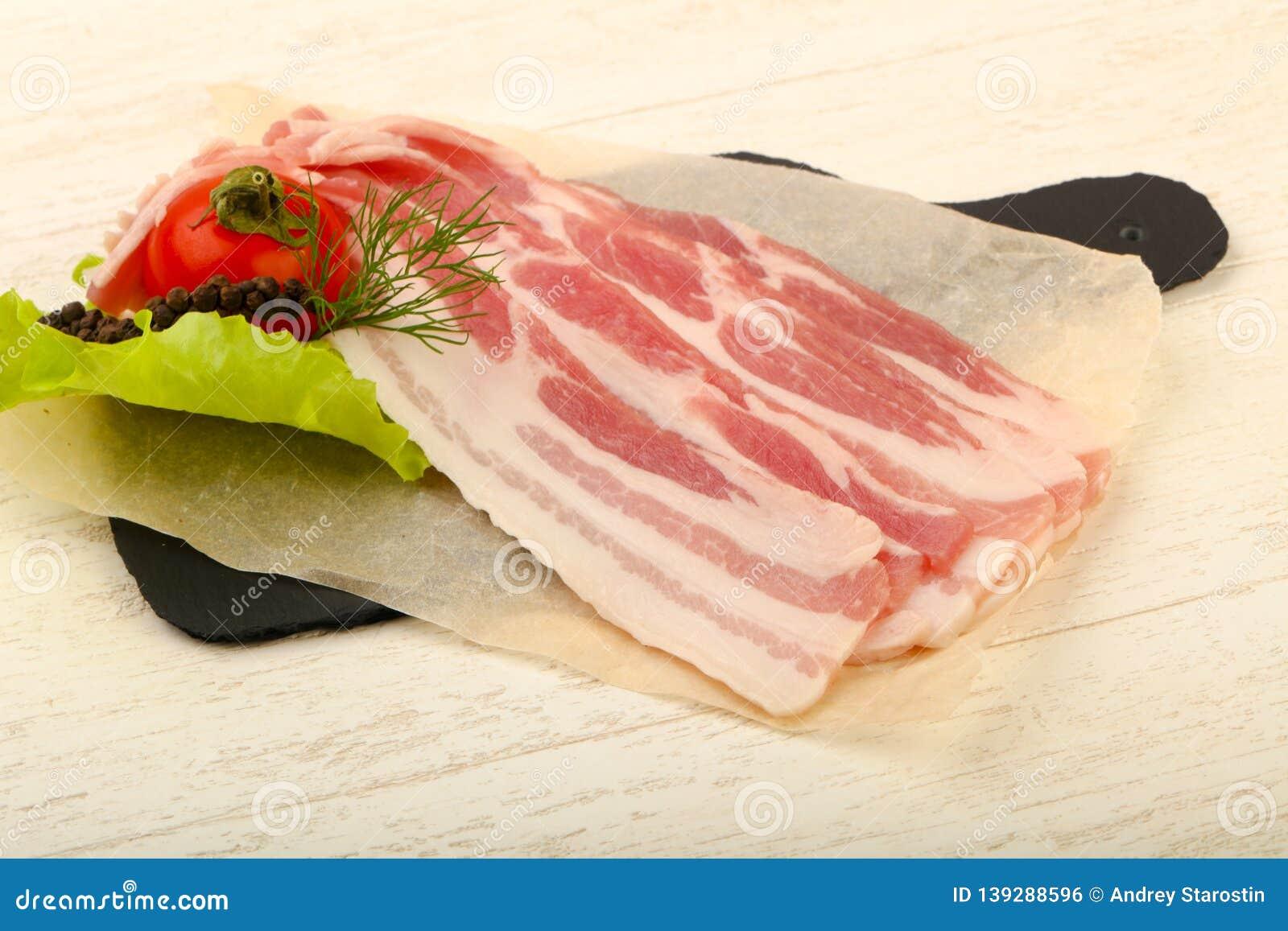 Bacon cru