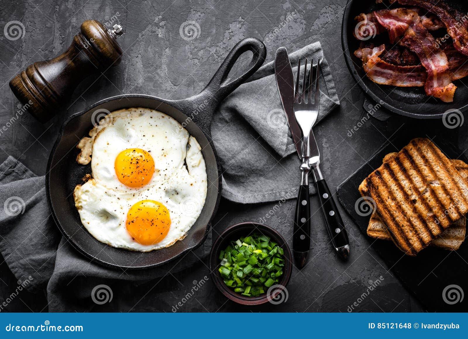 Bacon e ovos