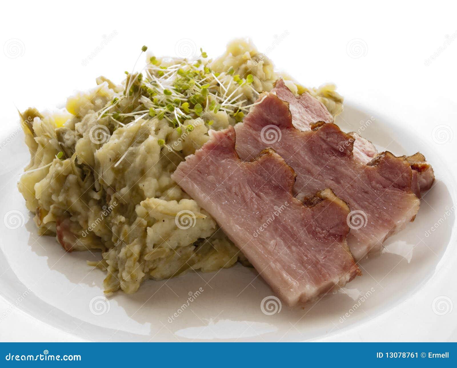 Bacon em batatas trituradas
