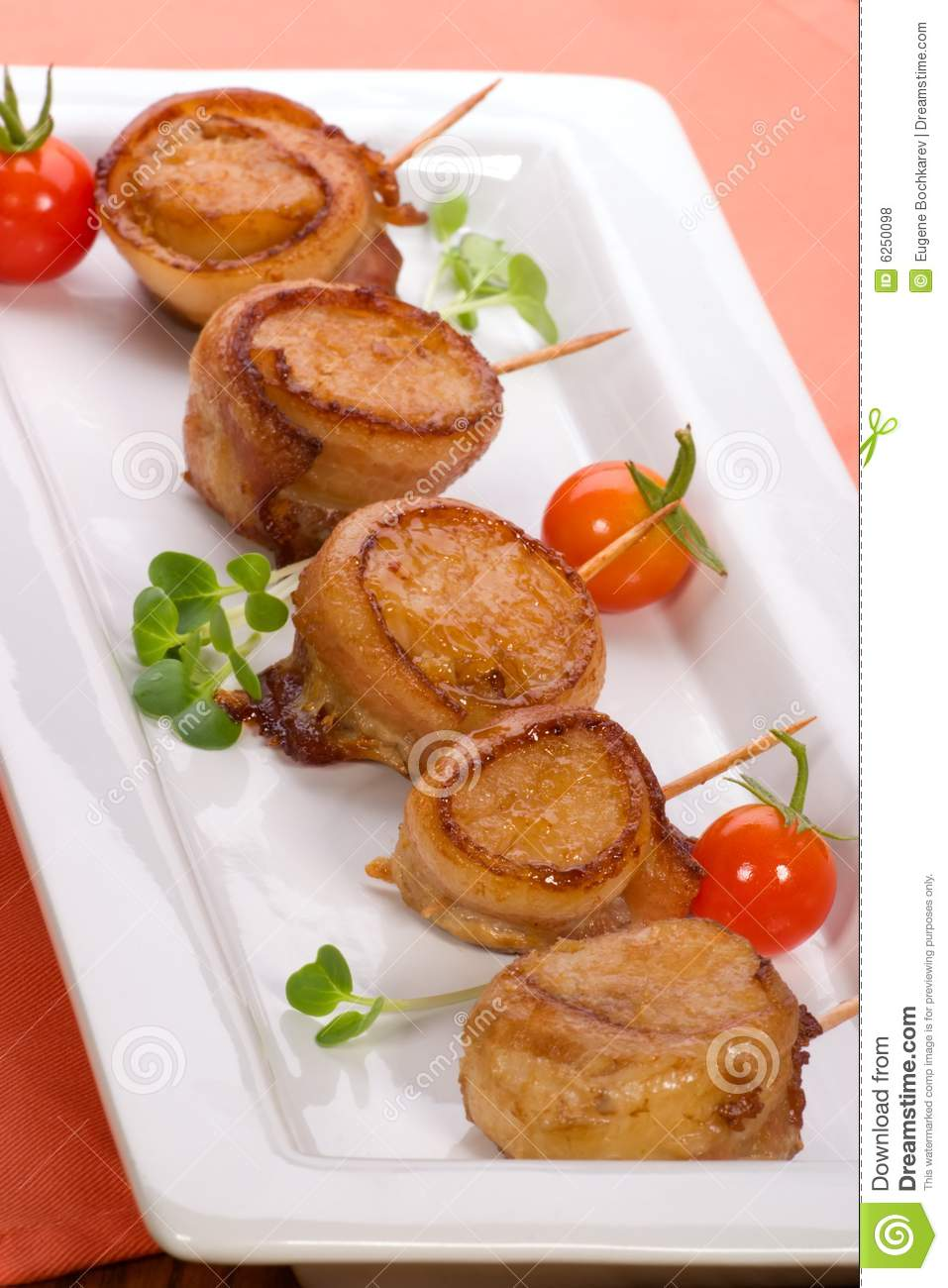 Bacon-Wrapped Ginger Soy Scallops Royalty Free Stock Photos - Image ...