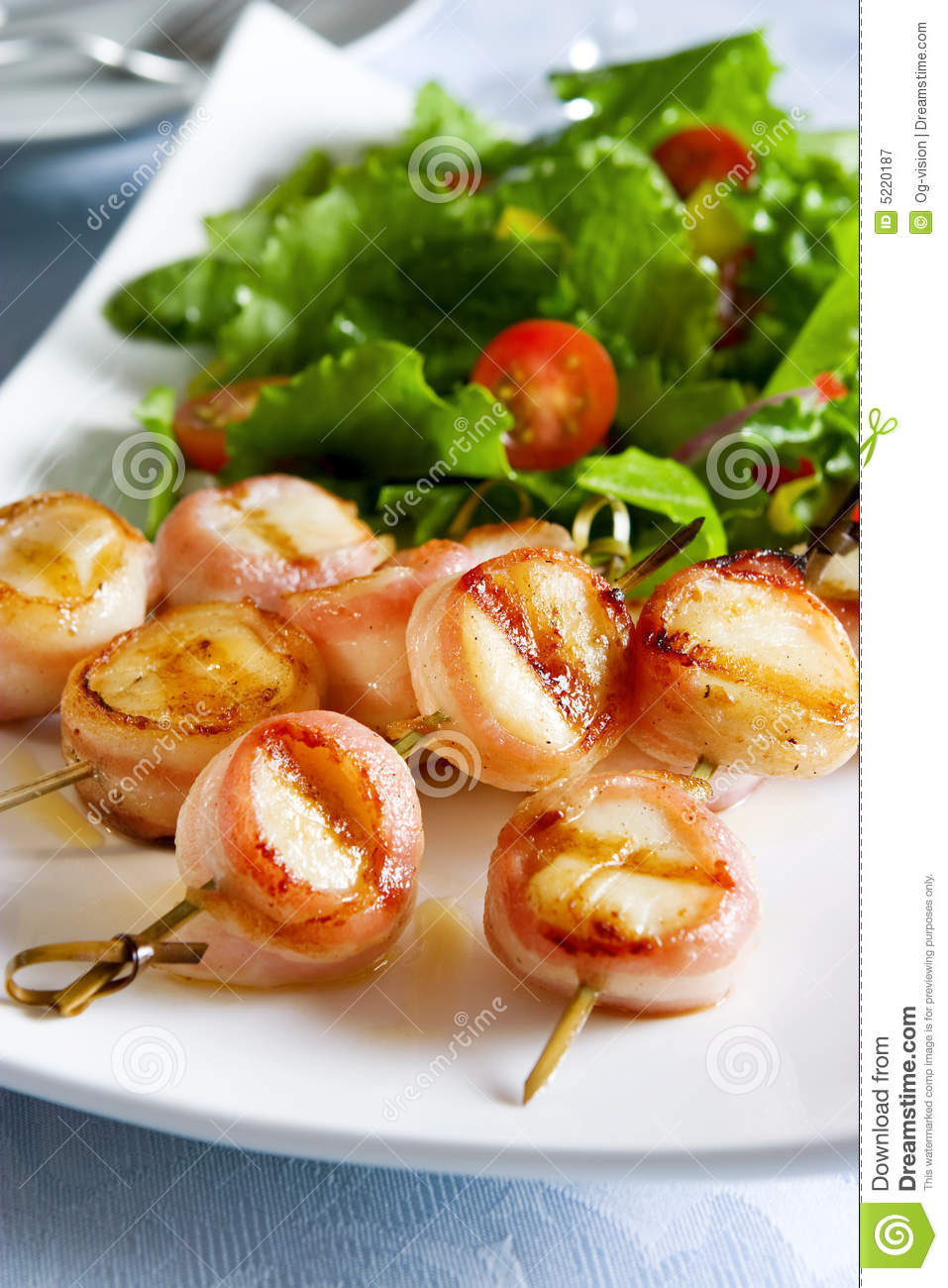 how to cook sea scallops wrapped in bacon