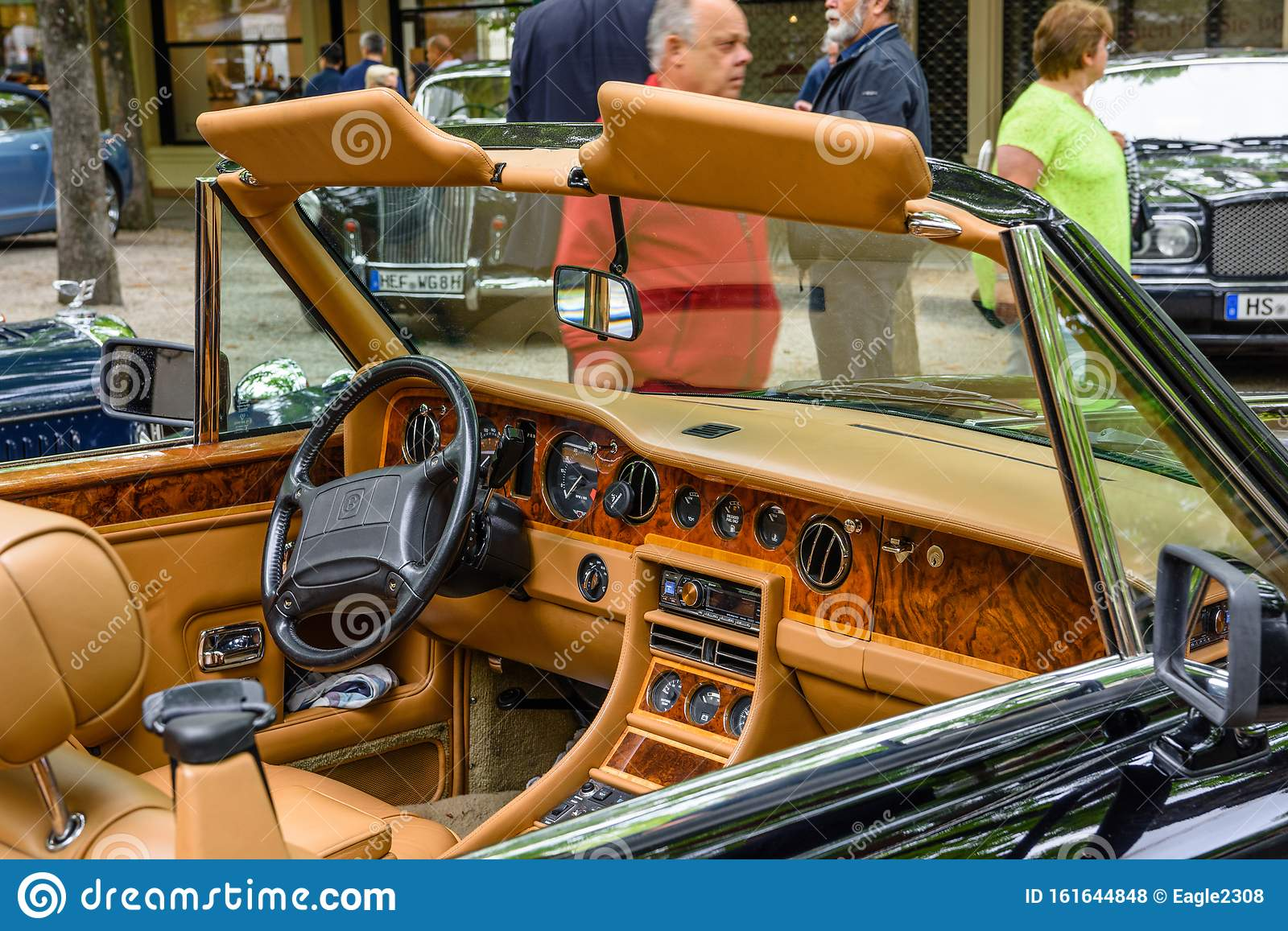 Baden Baden Germany July 2019 Beige Leather Interior Of Bentley T1 Cabrio 1970 Oldtimer Meeting In Kurpark Editorial Stock Photo Image Of Interior History 161644848
