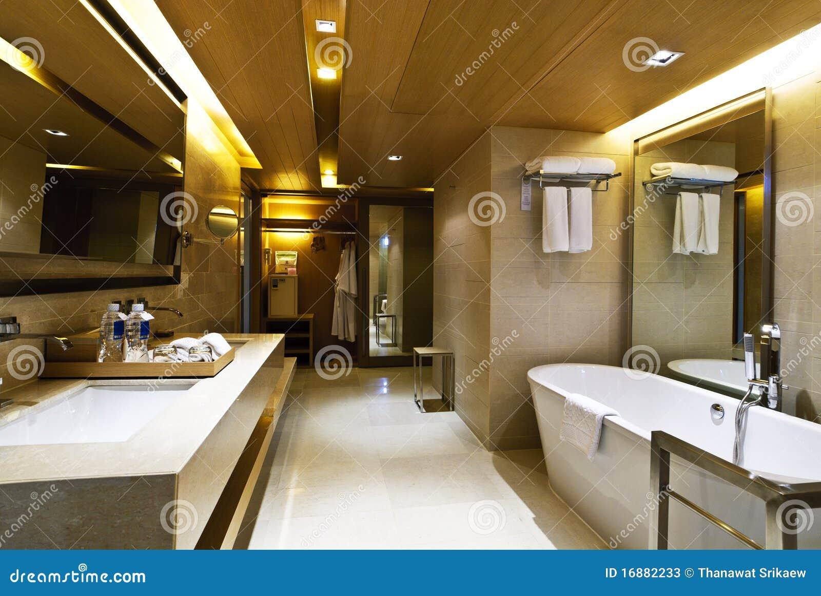 badezimmer hotel stockbild bild von architektur urspr nglich 16882233. Black Bedroom Furniture Sets. Home Design Ideas