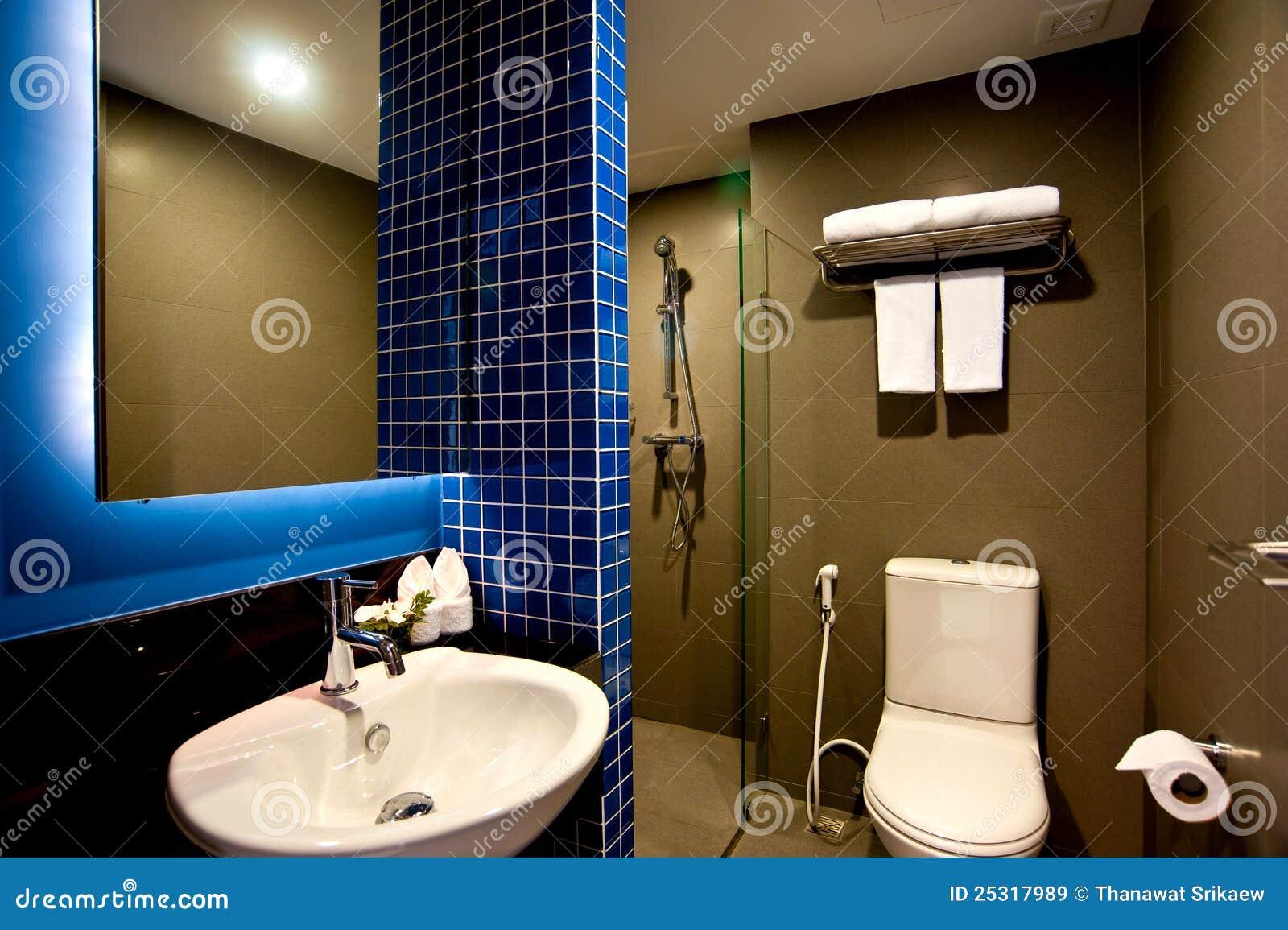 badezimmer hotel lizenzfreie stockbilder bild 25317989. Black Bedroom Furniture Sets. Home Design Ideas