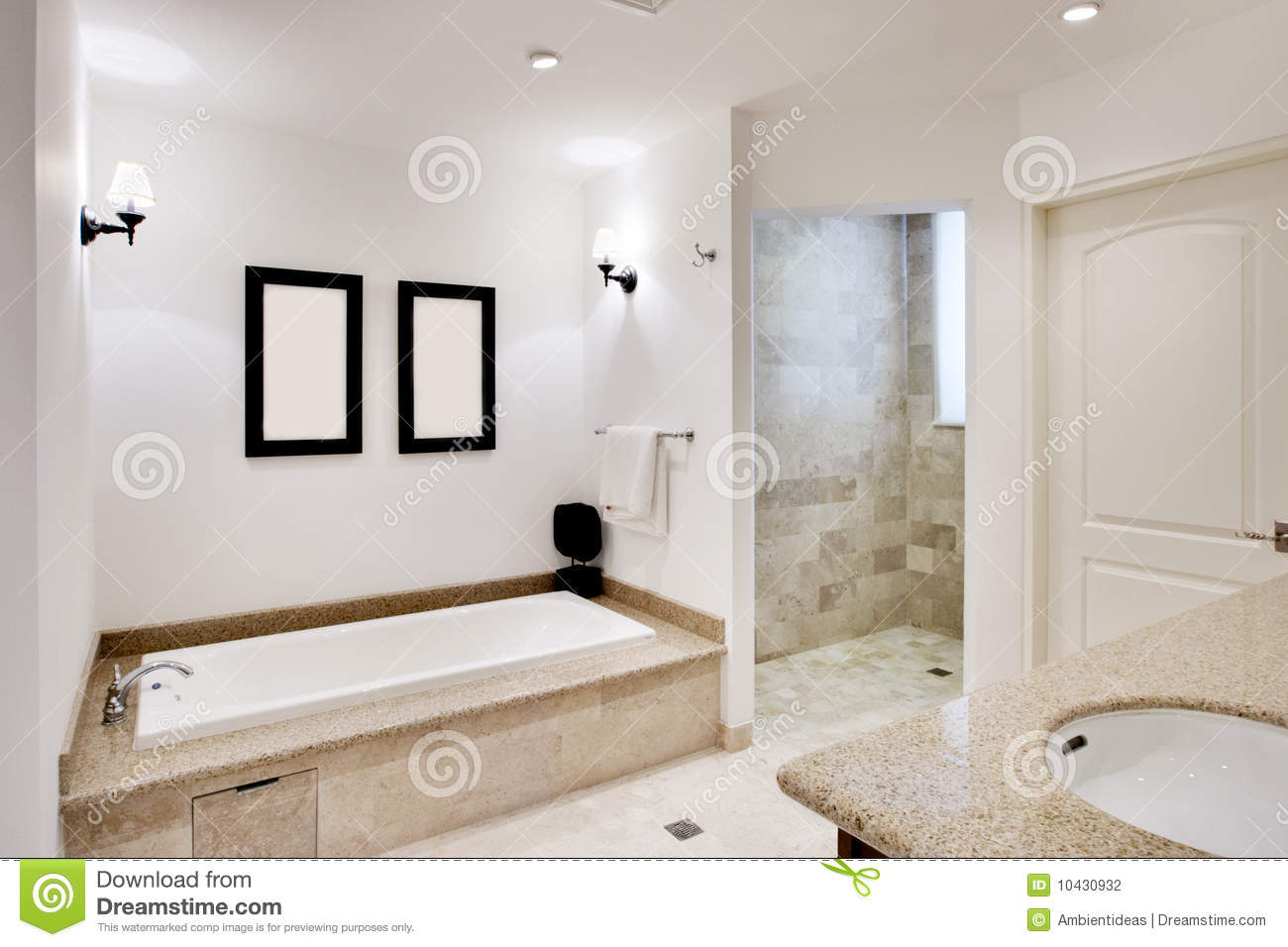 badezimmer mit wanne und dusche stockfotografie bild. Black Bedroom Furniture Sets. Home Design Ideas