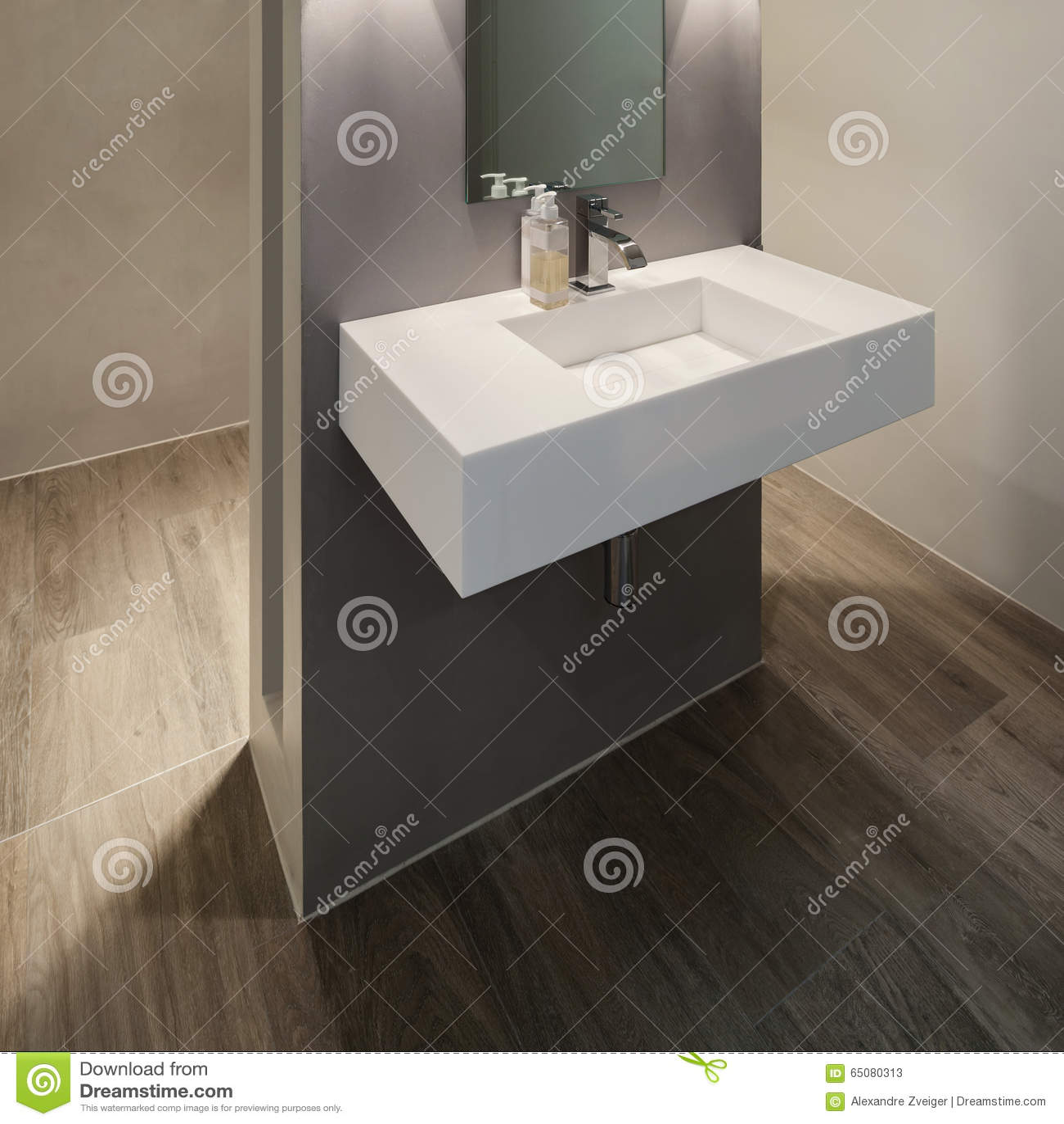 Badezimmer, Modernes Design Stockfoto - Bild: 65080313 | {Badezimmer modernes design 91}
