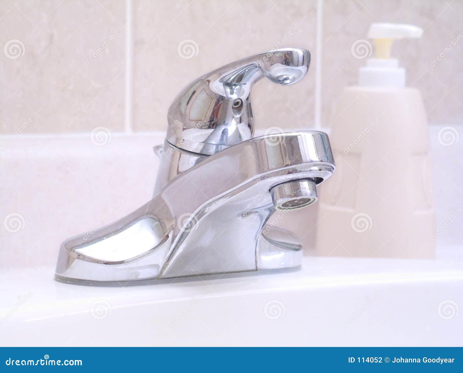 Badezimmer-Wanne