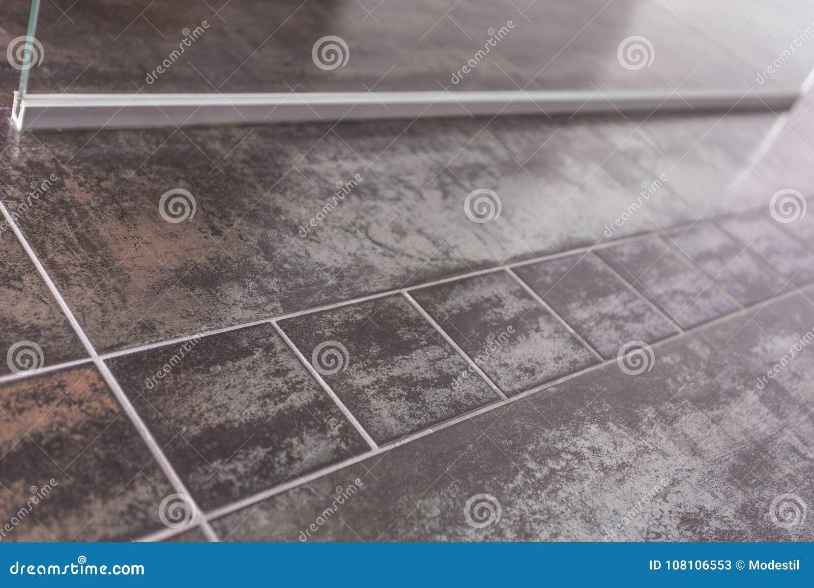 Fußbodenfarbe ~ Badezimmerboden designfliesen stockbild bild von fußboden farbe