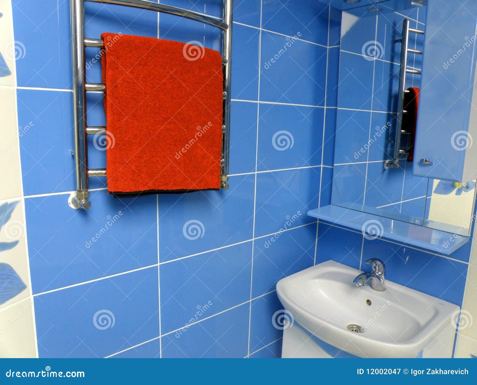 Badkamers royalty vrije stock fotografie afbeelding 12002047 - Eigentijdse badkuip ...
