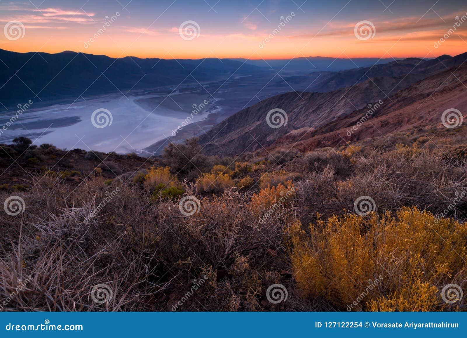Badwater-Becken gesehen von Dante-` s Ansicht, Death Valley, Kalifornien,