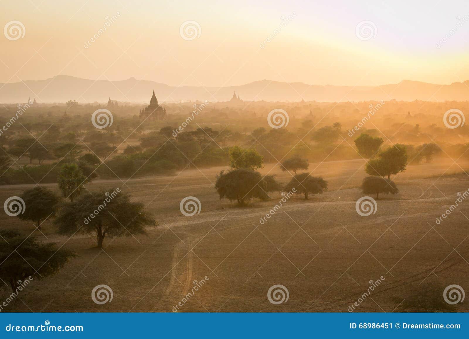 Bagan, una ciudad de mil templos