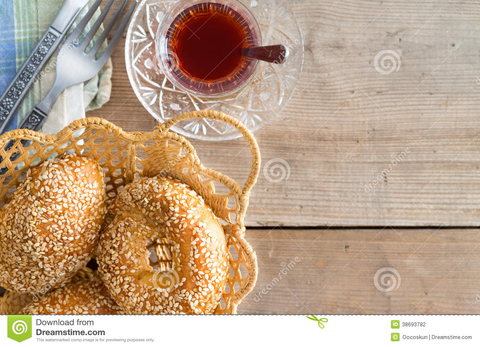 Bagel turchi del sesamo e del tè