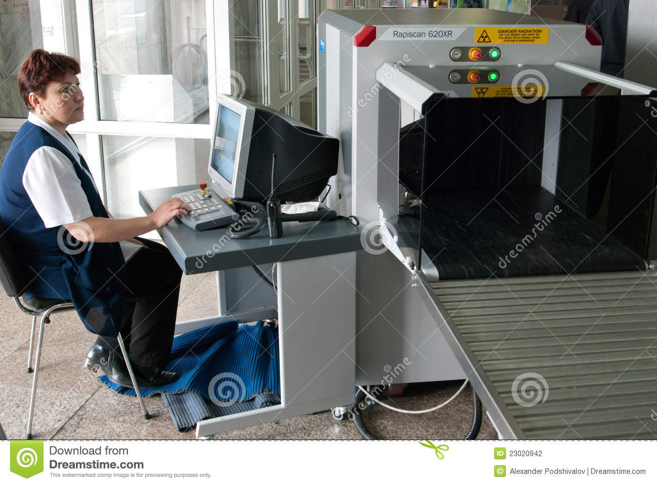 Airport Baggage Handling Scan : Baggage scanning at airport editorial photography image