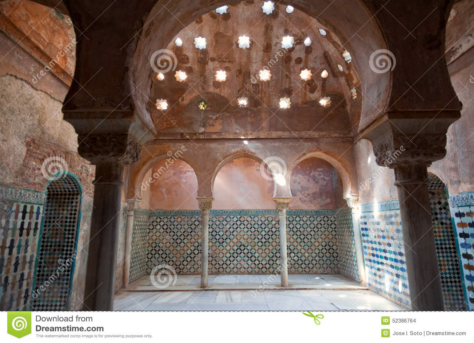 Bagni Arabi In Alhambra De Granada Fotografia Stock - Immagine di ...