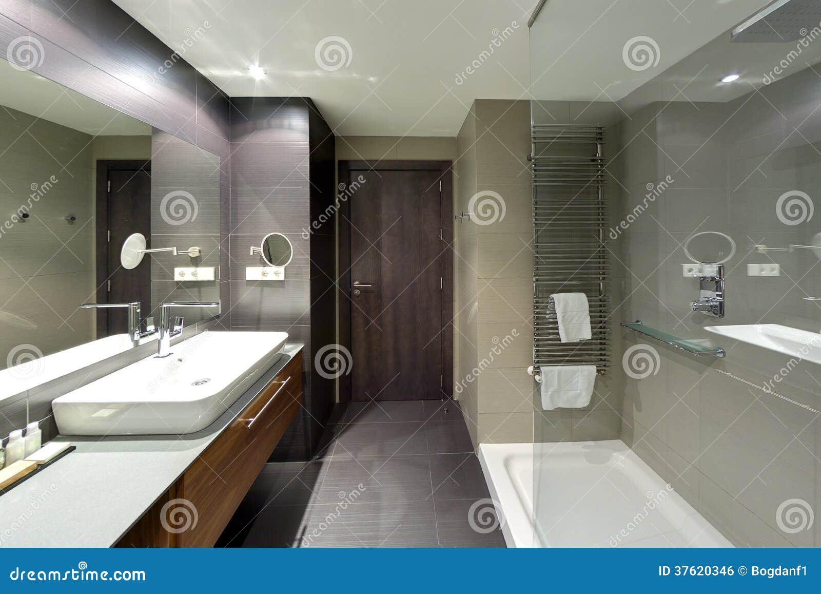 Bagno lussuoso della località di soggiorno dell hotel