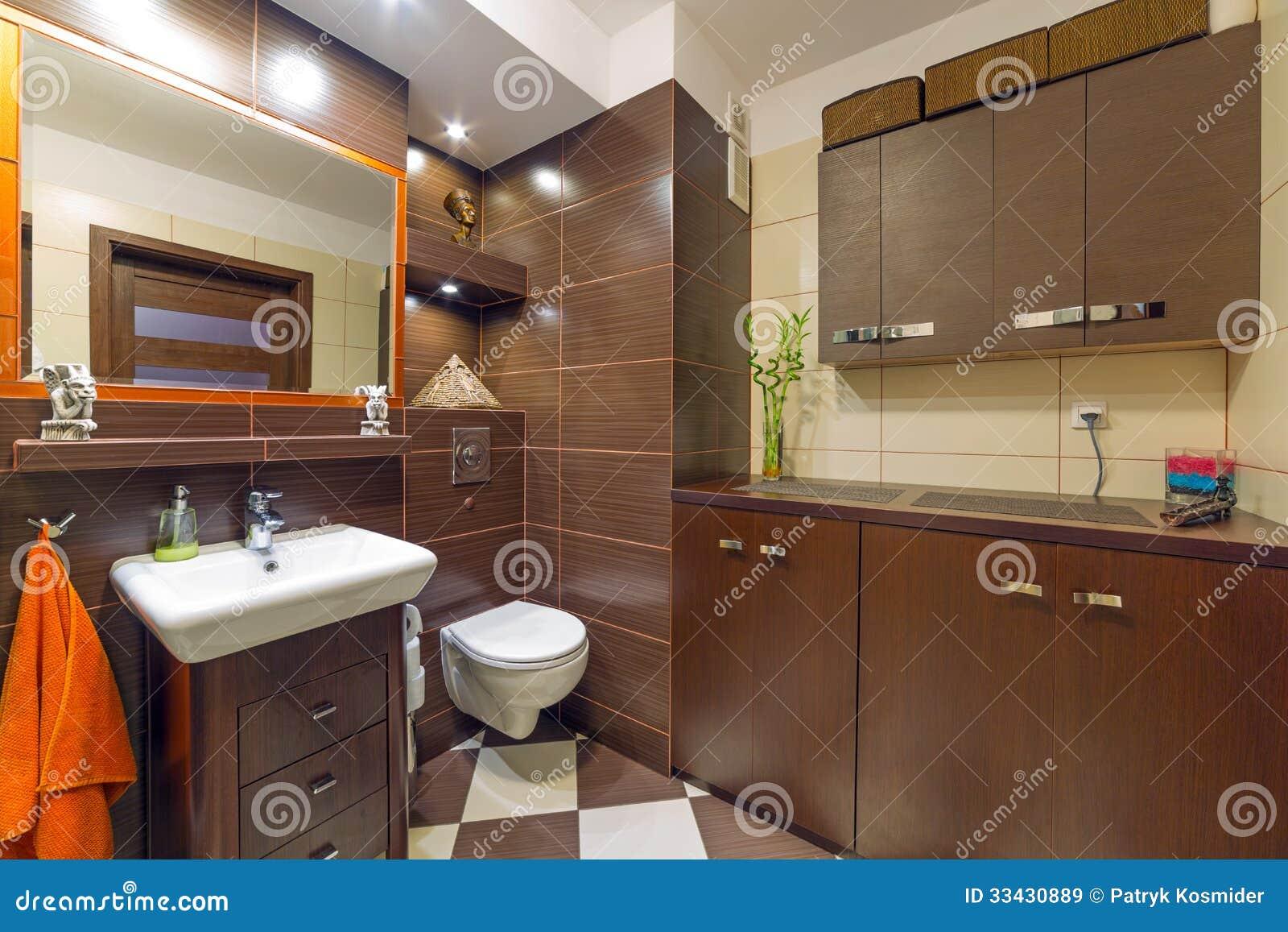 Interni Moderno Bagno Con Mattonelle Parete Trim E Pavimento Di