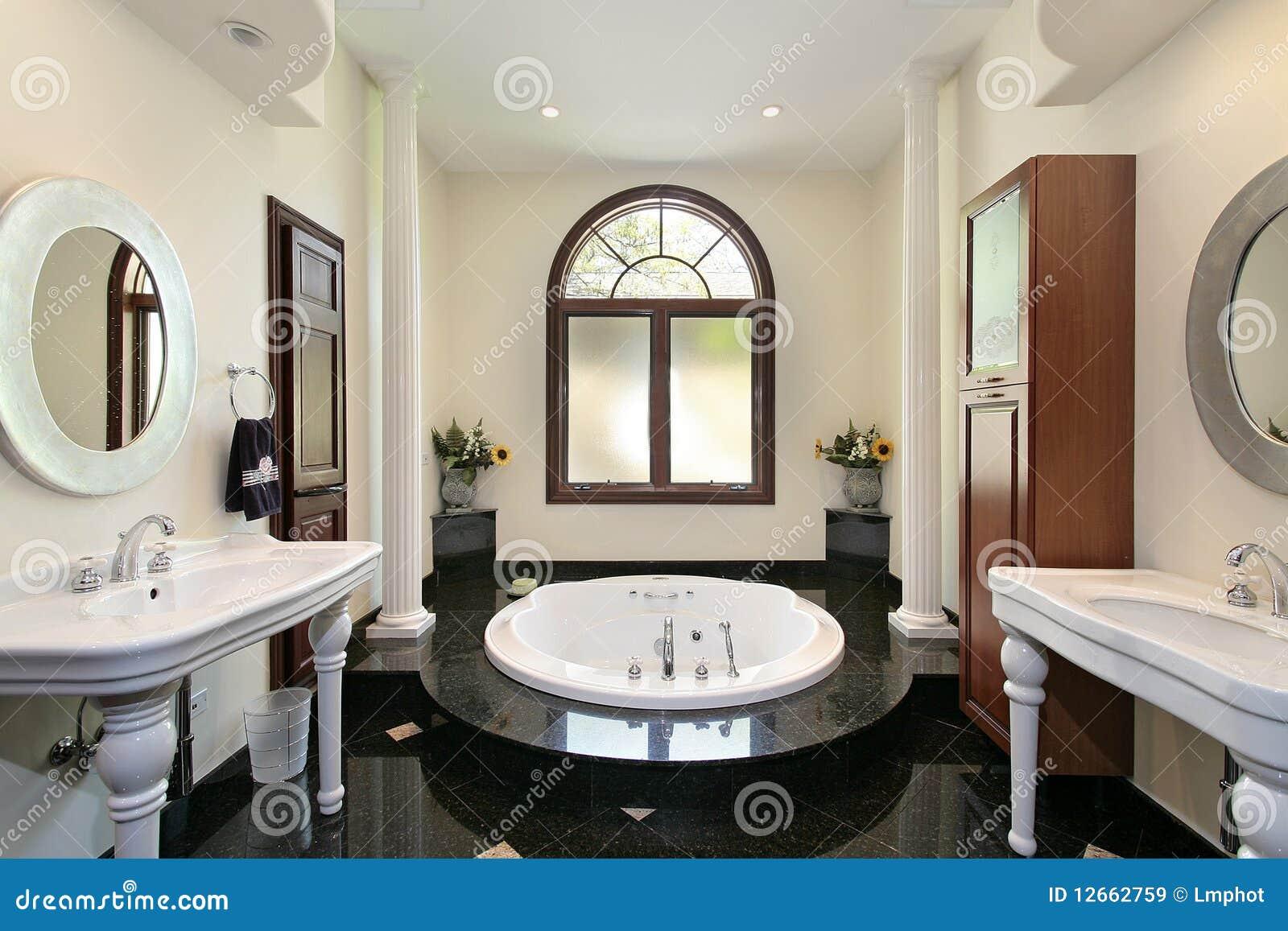 Bagno matrice con la vasca di marmo immagine stock immagine di