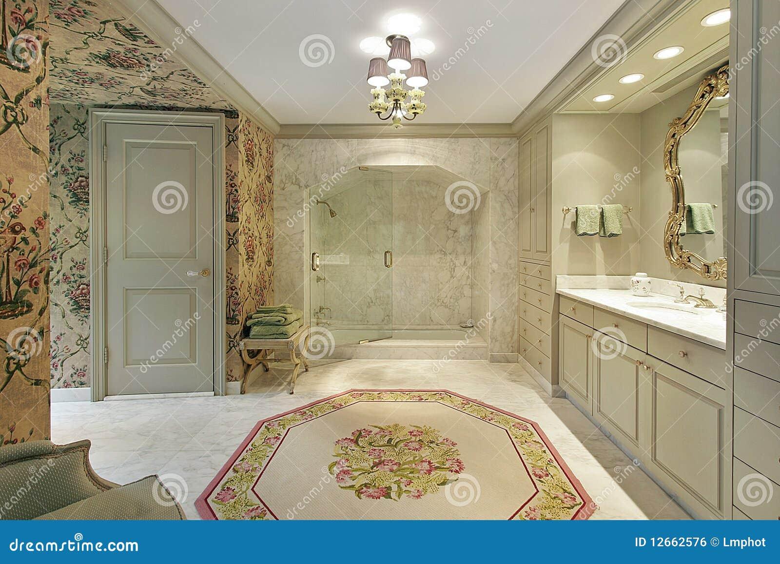 Bagno matrice di lusso con l acquazzone di marmo fotografia stock