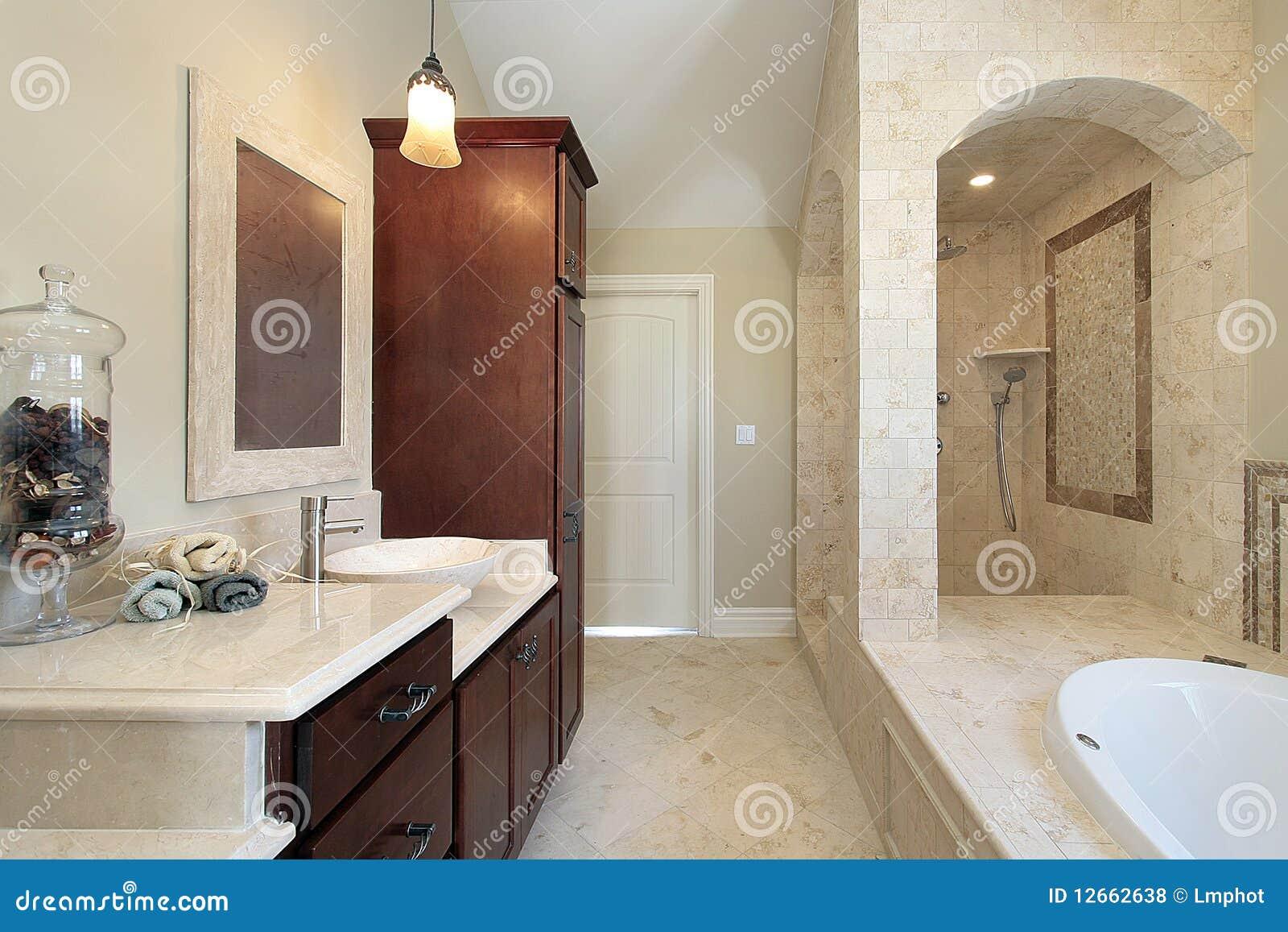 Bagno matrice nella casa della nuova costruzione costruzione bagno - Costruzione bagno ...