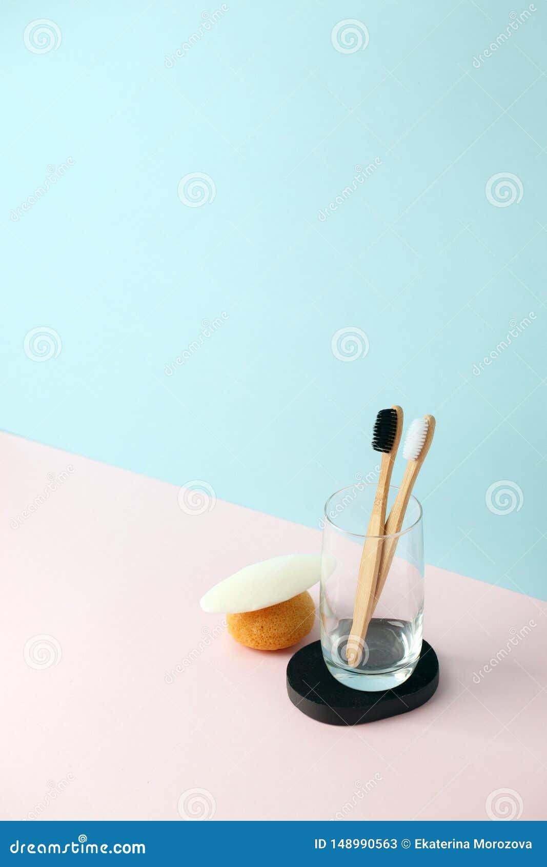 Bagno residuo zero I prodotti naturali puliscono, Konjac, la pezzuola per lavare, il sapone, la chiavetta di vetro, spazzolino da